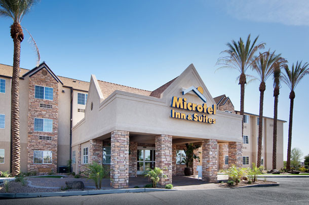 microtel inn suites 01 - large image