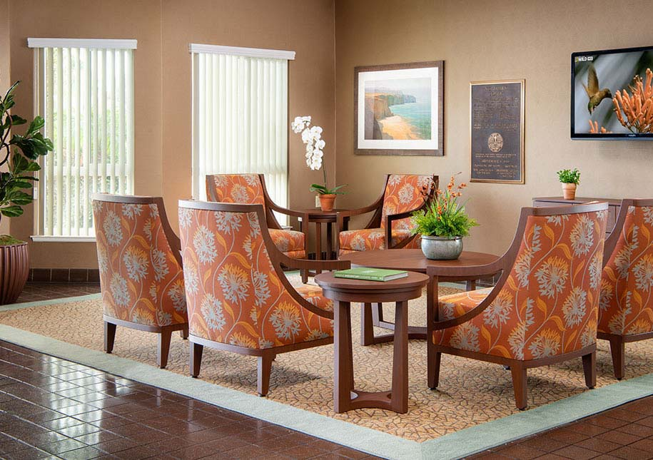 Nice comfortable chairs around a large coffee table - x-large photo